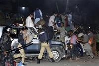 混迷のパキスタン 総選挙目前 軍と対立のシャリフ元首相拘束、テロも続発