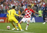 【ロシアW杯】決勝速報(8)あきらめないクロアチア、マンジュキッチのゴールで追い上げる