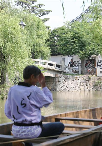 観光客がまばらな倉敷市の美観地区=18日午前、岡山県倉敷市(永田直也撮影)
