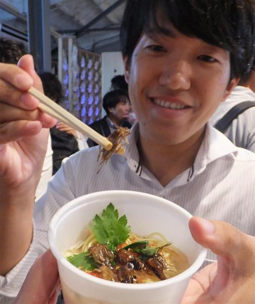 prm1807200009 p1 - 【画像】「昆虫食」完全に定着する。都会の若者が行列を作る程の人気。 確かにこれはうまそう
