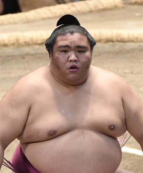 大相撲名古屋場所で初優勝した御嶽海