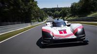 """ポルシェ""""本気""""のレースカー、35年ぶりドイツのコースの記録更新(動画あり)"""