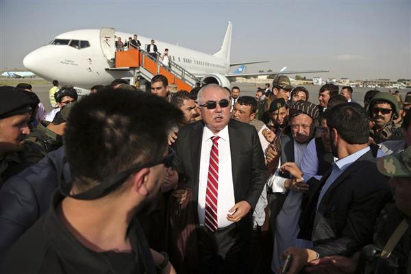 アフガンで副大統領狙ったテロか 首都カブールの空港で爆発 - 産経ニュース