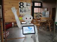 長野知事選 クイズや人気ロボ投入も 投票率アップに懸命
