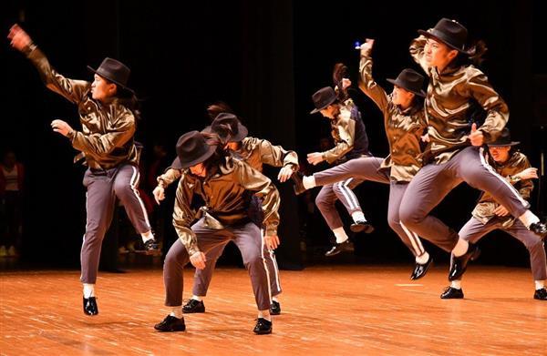 日本高校ダンス部選手権九州大会のスモールクラスで3位入賞した福岡工大城東高=福岡市博多区