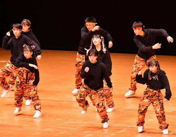 日本高校ダンス部選手権九州大会のビッククラスに出場した第一薬科大付=福岡市博多区