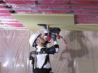 【経済インサイド】大手住宅メーカーが「ロボット」「アシストスーツ」で作業員の負担を軽減…
