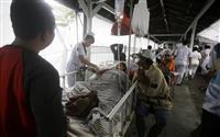 インドネシア地震82人死亡 ロンボク島、7月に続き