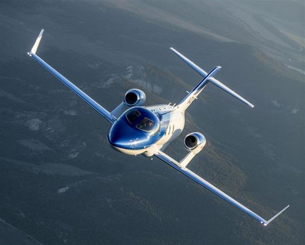 【快挙】ホンダジェットが小型ジェット機で世界首位 ->画像>9枚