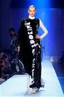 【ファッションおたく】アバンギャルドの先駆者、ゴルチエのメッセージ「FREE THE …