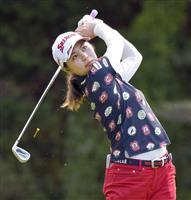 【女子ゴルフ】19歳の新垣比菜が67で首位 CATレディース第1日