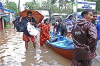 インド南部水害で160人超死亡 15万人以上が避難