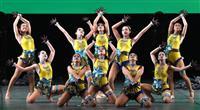 【日本高校ダンス部選手権】大阪市立汎愛、優雅なクジャク 変身も