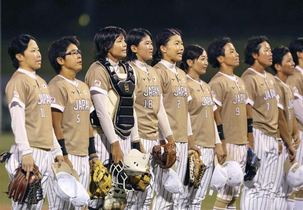 女子ソフトの日本選手たち