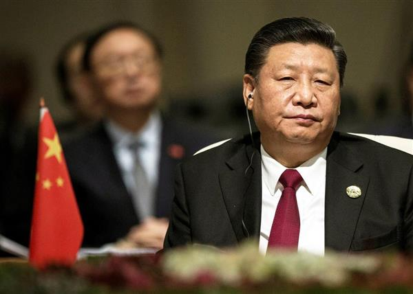 中国の習近平国家主席。米中「貿易戦争」に頭が痛い=今年7月、南アフリカ・ヨハネスブルグ(ロイター)