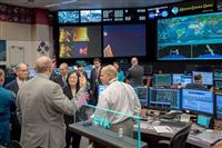 台湾の蔡英文総統が米国で存在感 NASA訪問、ロス郊外で講演も