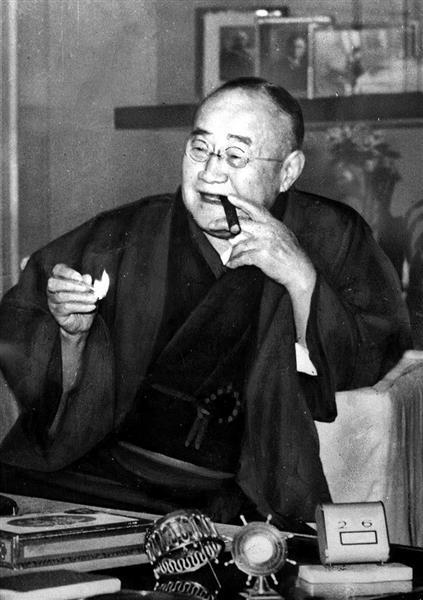 政治デスクノート】吉田茂も自民...