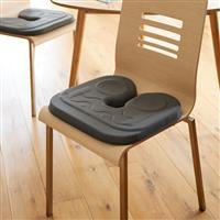 ドーナツ形より安定した姿勢で座れるU字形の円座クッション