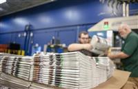 【アメリカを読む】「地方紙の絶滅早まる」紙への高関税に悲鳴 トランプ氏と米メディア、貿…