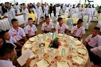 タイ「奇跡の生還」実現に感謝 洞窟救出9000人参加し行事