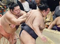 【大相撲秋場所】進退の稀勢が初黒星 御嶽も1敗、2横綱全勝