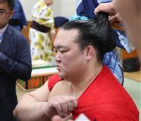 【大相撲秋場所】勝ち越しの稀勢の里、節目にも笑顔なし