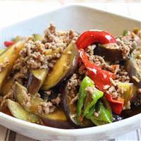 【料理と酒】コクと旨味、ピリ辛ソースの麻婆茄子