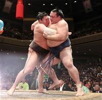 【大相撲秋場所】白鵬、きょうにも41度目V 稀勢下し全勝、2敗は2人