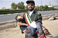 イラン 軍事パレード中に銃撃 29人死亡