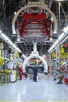 ほぼ手作業で完成までに3カ月 イタリア「フェラーリ」工場に潜入(動画あり)