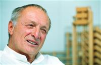 【世界文化賞・歴代の巨匠】建築家、リチャード・ロジャース (2)「適切な技術」の建築家