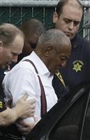 米人気コメディアンのビル・コスビー被告に禁錮3~10年の実刑判決 「凶悪な性犯罪者」と…