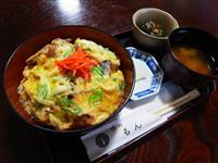【おらがぐるめ】「油麩丼」宮城・登米 卵絡めて濃厚な味わいに