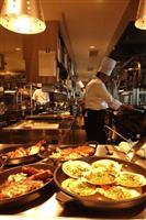ソラリア西鉄ホテル福岡、天神一望のレストラン 来月開店、客室も改装で高級感