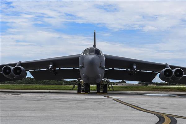 米空軍B52、東シナ海と南シナ海上空を飛行 - 産経ニュース