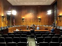 米最高裁判事候補のカバノー氏、暴行疑惑で議会証言 新たに告発、3人目の女性
