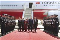苦境のトルコ大統領、独と関係修復を模索 メルケル氏と会談へ