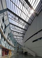 【アート 美】世界文化賞建築部門・クリスチャン・ド・ポルザンパルク 建築を続け、画家と…