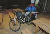 【富田林脱走】「勝手についてきてうっとうしかった」自転車で日本一周の男逮捕