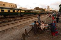 パキスタン、中国「一帯一路」関連事業見直し 鉄道事業で融資20億ドル削減