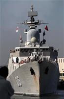 【動画あり】ベトナム海軍艦艇、堺市寄港