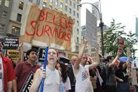 女性暴行疑惑の米最高裁判事承認めぐりデモ激化 首都で逮捕者300人