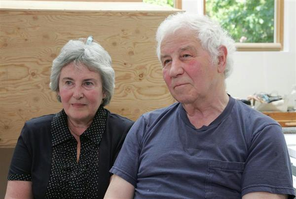 イリヤ・カバコフ(右)とエミリア・カバコフ夫妻(ロシア)