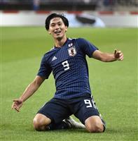 【サッカー日本代表】「分かりやすい結果が欲しかった」 トップ下の南野が先制点