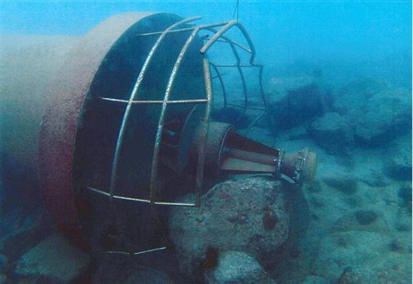 鹿児島、消失の灯台発見 さび原因、全国で点検へ
