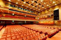 芸術の秋 親を連れて行きたい居心地の良い劇場ベスト3