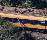 大井川鉄道の列車が電柱に衝突、客1人けが 静岡・島田