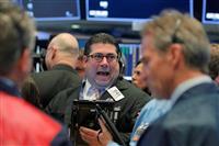 NY株反発、547ドル高 米企業決算好調で