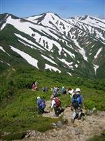 山形の朝日連峰、豊かな自然と縦走楽しんで…地元3町、初の連絡会を発足