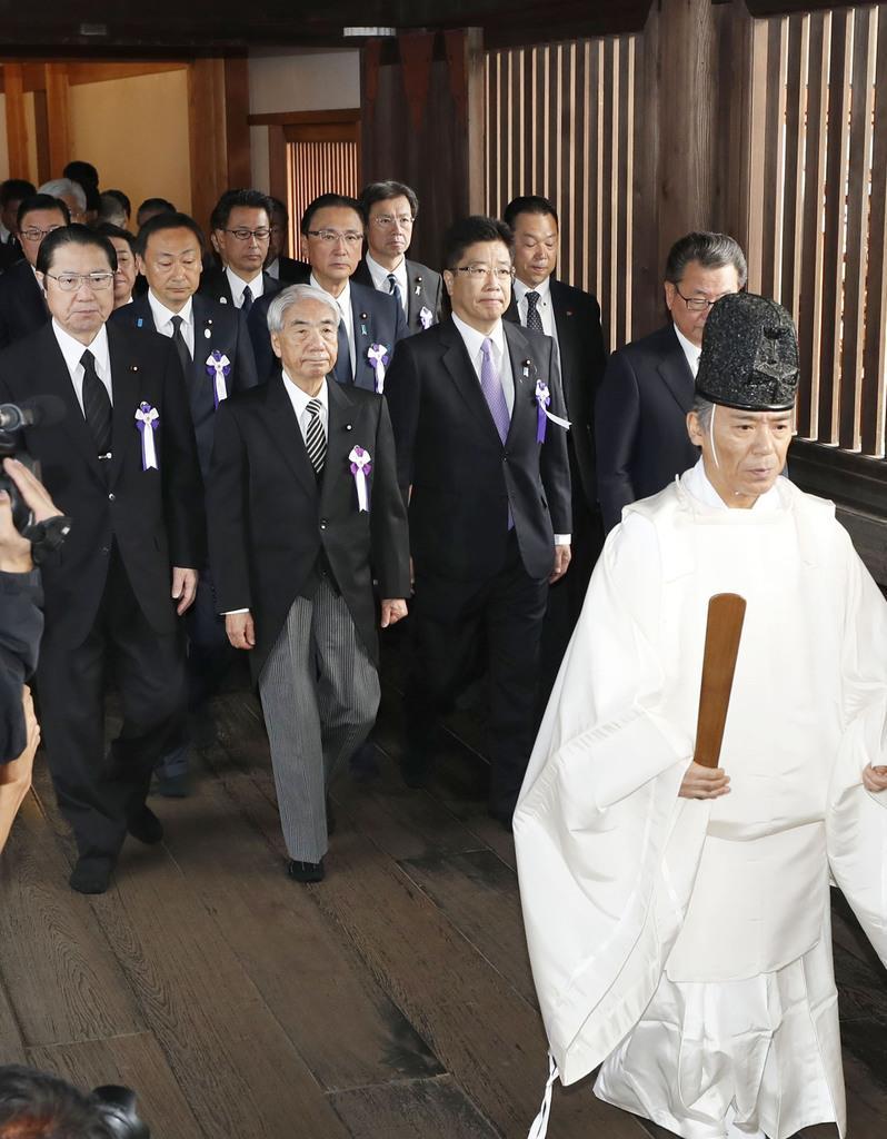 韓国外務省、靖国参拝に「深い失...